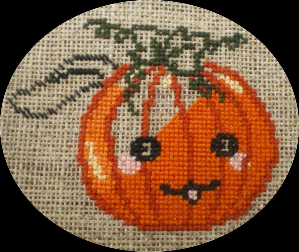 Avancée de la semaine - Guêpe #2 - Halloween #1 dans Broderie imgp1361